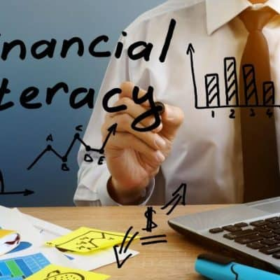 A Super Simple Beginner's Guide to Financial Literacy and Why Its Important